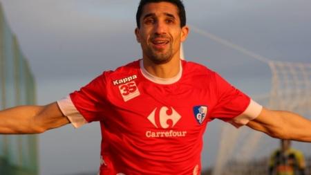 Nassim Akrour (FC Annecy) : « Dans la vie, on apprend de tout le monde »