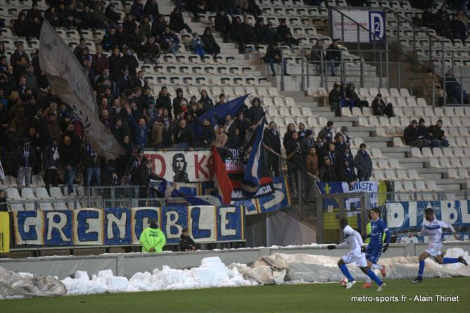 Les buts et les principales actions de GF38 – Auxerre en vidéo