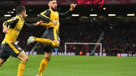 Olivier Giroud endosse encore le costume de sauveur d'Arsenal