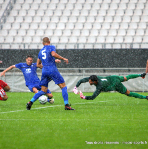 Retour en photos sur GF38 – Nîmes Olympique