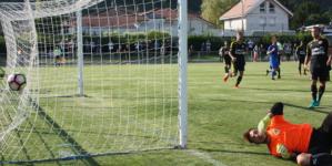 [Vidéo] Le retourné acrobatique de Sergio Rojas contre Saint-Étienne.