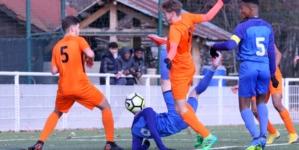 Les U19 du GF38 perdent la tête à Bourg-Péronnas