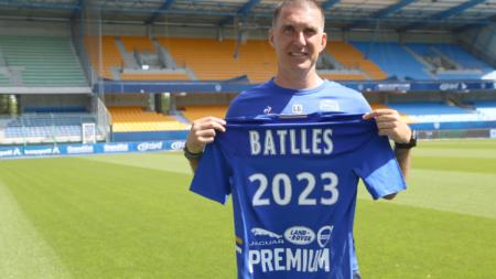exGF38 – Laurent Batlles prolonge avec l'ESTAC