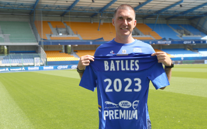 exGF38 – Laurent Batlles prolonge avec l'ESTAC