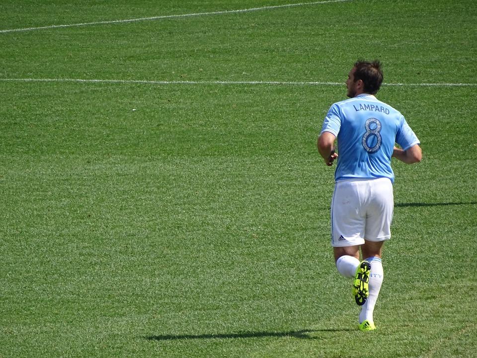 Giroud ronge son frein