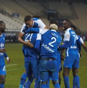 Grenoble accueillera le Paris FC au 1er tour des barrages