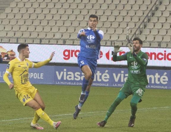 [Mercato] Adrien Monfray : «J'ai la tête à Grenoble»