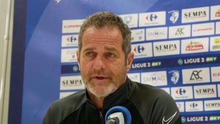 Philippe Hinschberger avant Dunkerque – GF38 : «Moi mon job c'est l'équipe»