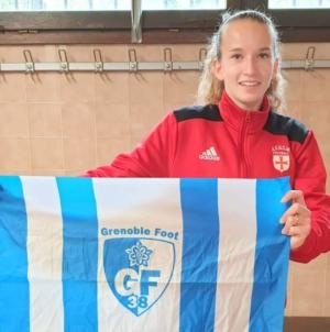 Une jeune joueuse de l'AS Notre Dame de Mesage rejoint le GF38